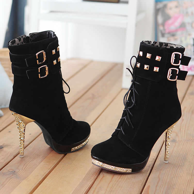 Sexy-High-Heels-Stiefeletten-Plateau-Nieten-Schnuerung-Pink-und-Schwarz